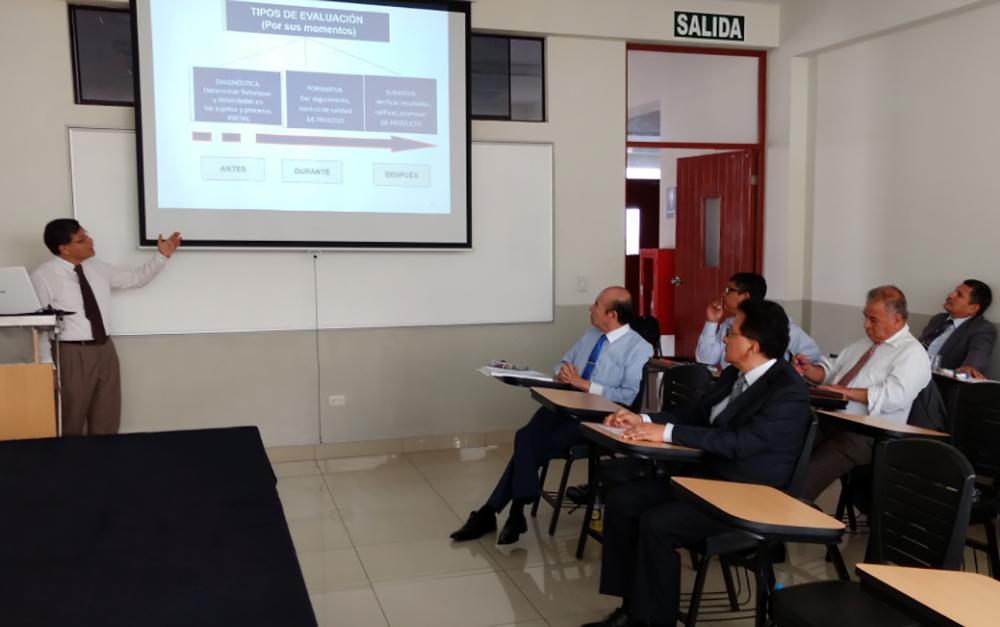 Facultad de comercio exterior y relaciones internacionales for Docente comercio exterior