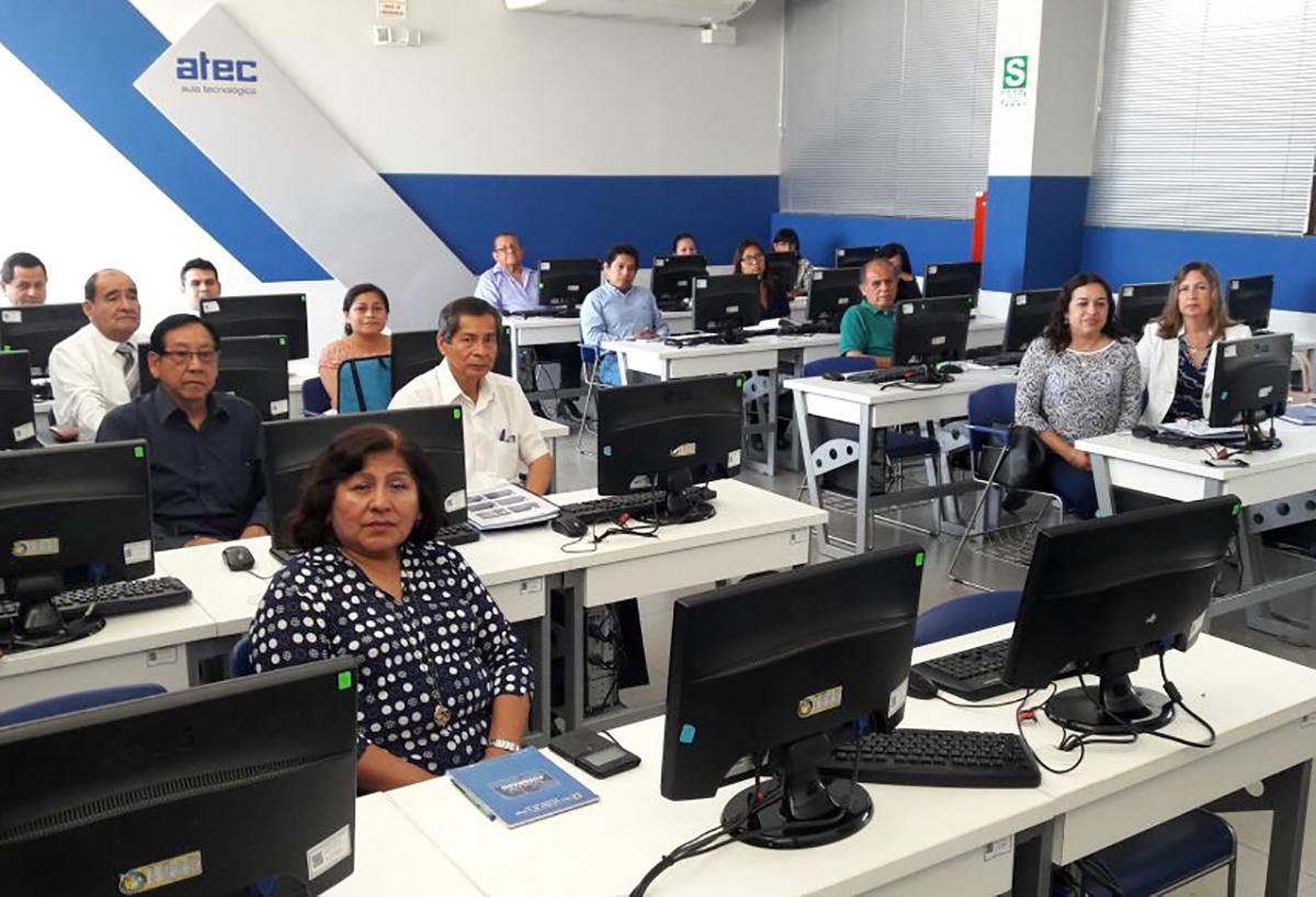 Universidad inca garcilaso de la vega for Docente comercio exterior