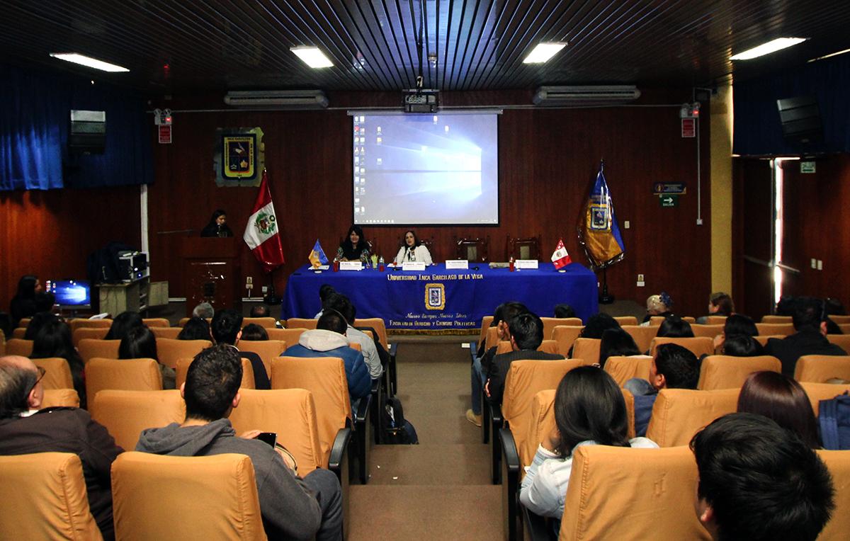 2018-10-02_SeminarioDerechoporta