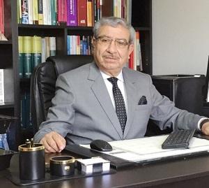 DR. JAVIER VILLAVICENCIO ALFARO